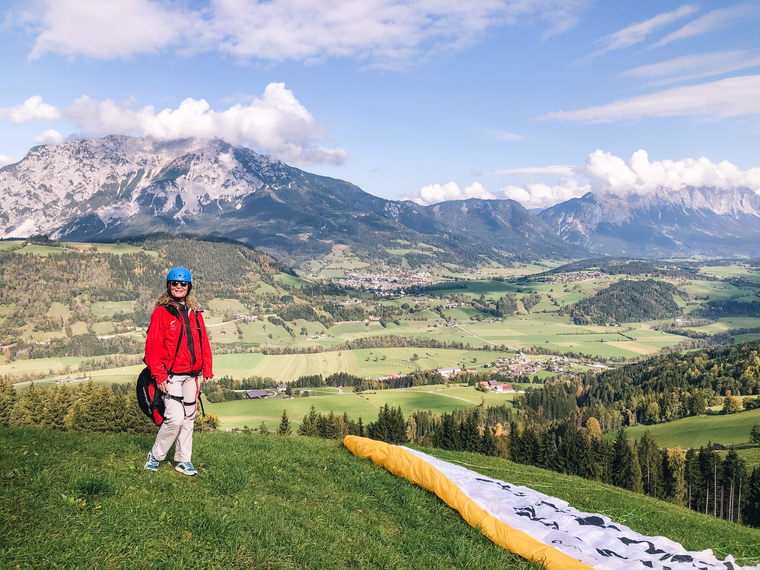 New Travel Blog - Paragliding in Alps