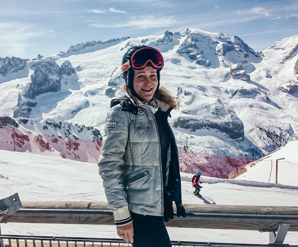 Solo Travel Adventures - Solo Travel Skiing